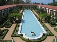 IL PAUL GETTY MUSEUM DI MALIBU: DETTAGLIO DEL PORTICATO