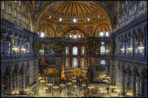 BASILICA DI HAGIA SOPHIA, ISTANBUL, costruita nel 537 su progetto di Isidoro di Mileto e Artemio di Tralle